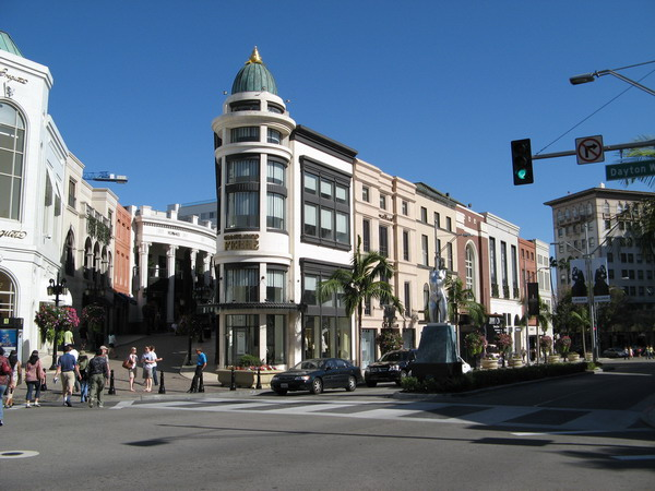 beverly_hills_rodeo_drive.jpg